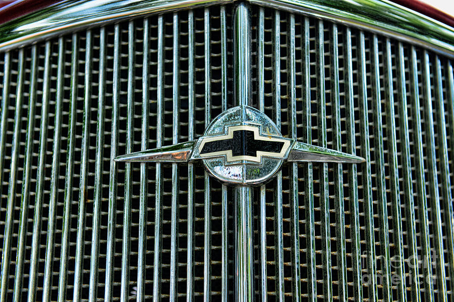 1934 Chevrolet Grill Photograph By Paul Ward