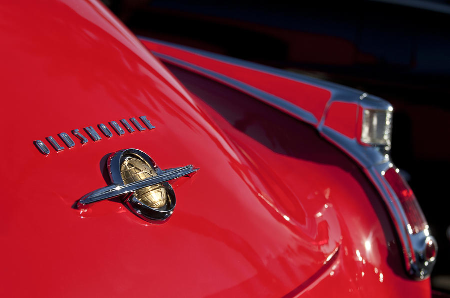 1950 Oldsmobile Rocket 88 Photograph - 1950 Oldsmobile Rocket 88 Rear Emblem And Taillight by Jill Reger