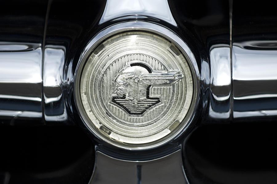 e04258d0d Pontiac Emblem Woman Related Keywords & Suggestions - Pontiac Emblem ...