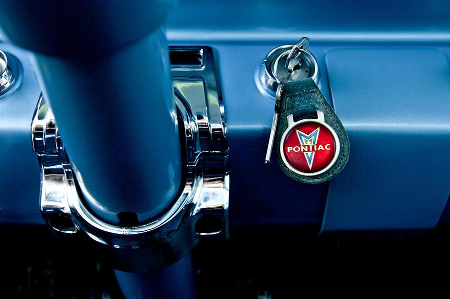 1961 Pontiac Catalina Photograph - 1961 Pontiac Catalina Key Ring by Jill Reger
