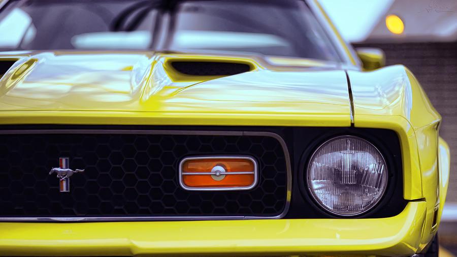1972 Photograph - 1972 Ford Mustang Mach 1 by Gordon Dean II