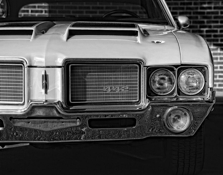 Oldsmobile Photograph - 1972 Olds 442 Black And White  by Gordon Dean II