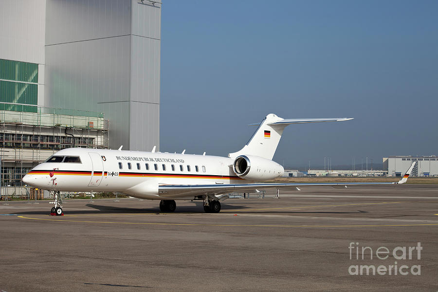 Side View Photograph - A Bombardier Global 5000 Vip Jet by Timm Ziegenthaler