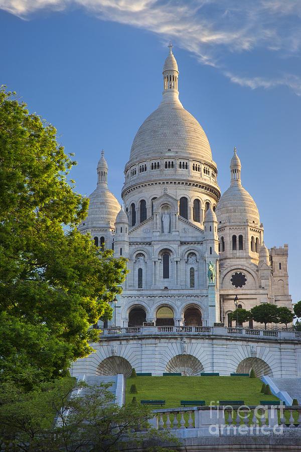 Basilica Photograph - Basilique Du Sacre Coeur by Brian Jannsen