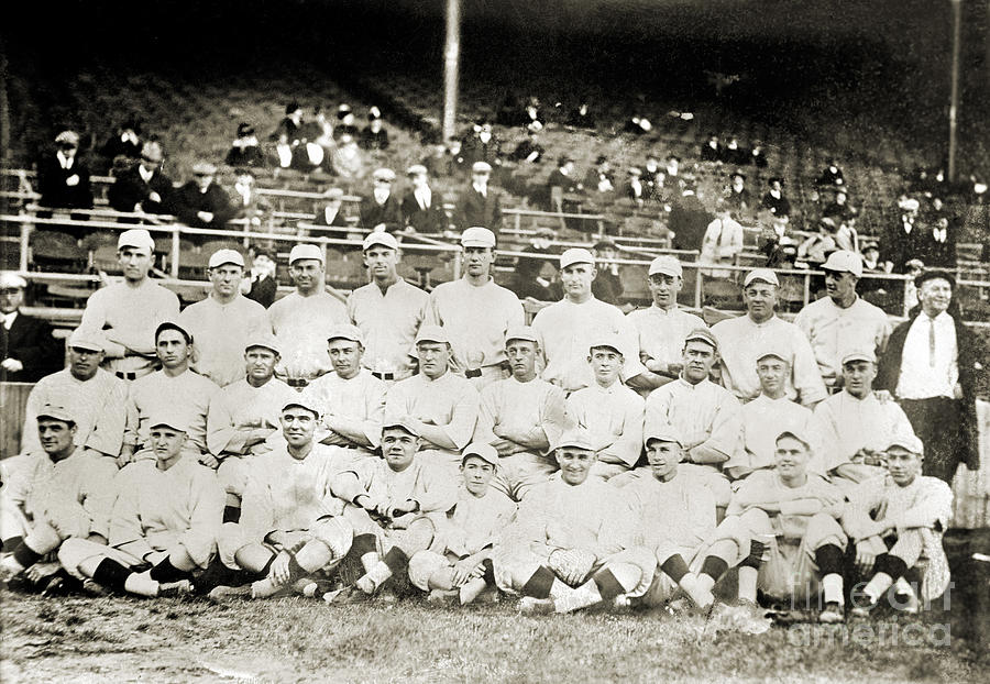 1916 Photograph - Boston Red Sox, 1916 by Granger