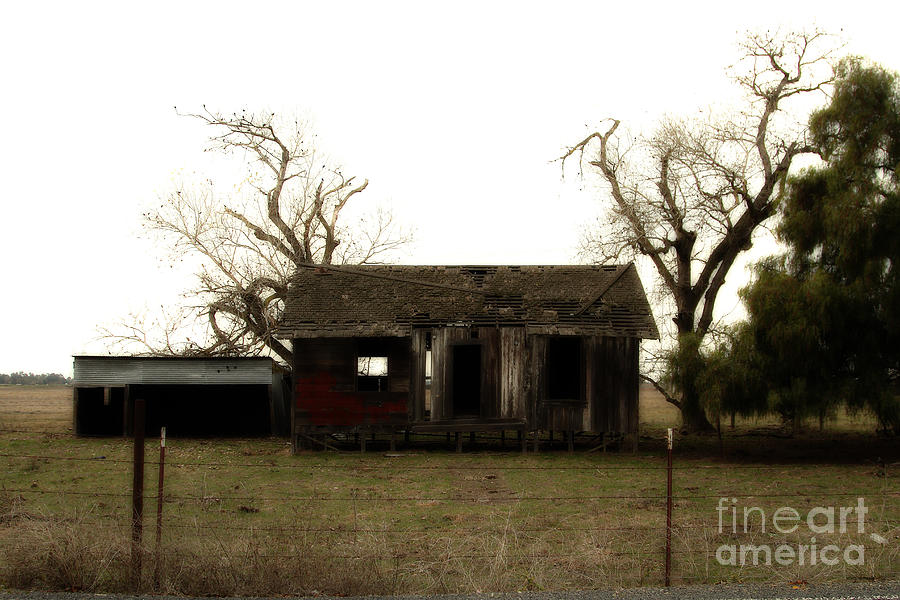 Dreamy Photograph - Dilapidated Old Farm House . 7d10341 by Wingsdomain Art and Photography