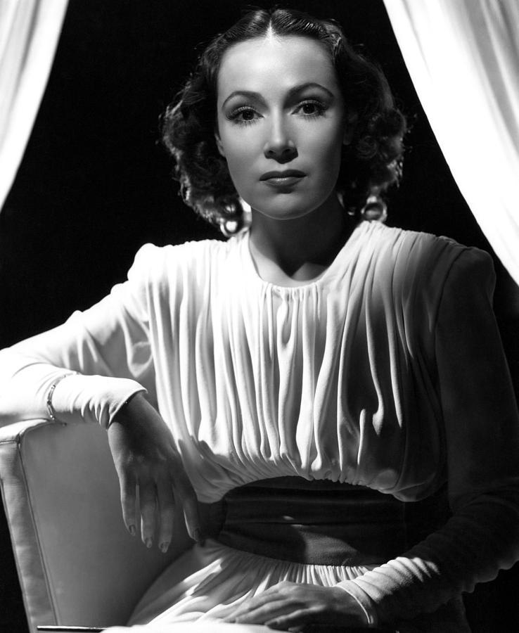 1930s Portraits Photograph - Dolores Del Rio, Ca. 1930s by Everett