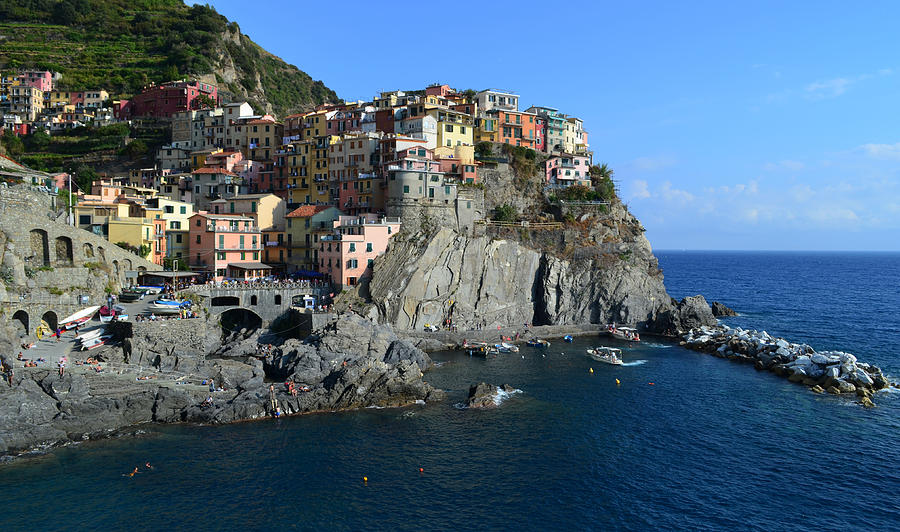 Manarola Photograph - Manarola by Barbara Walsh