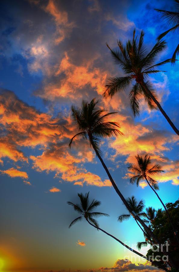 Maui Sunset Photograph - Maui Sunset by Kelly Wade