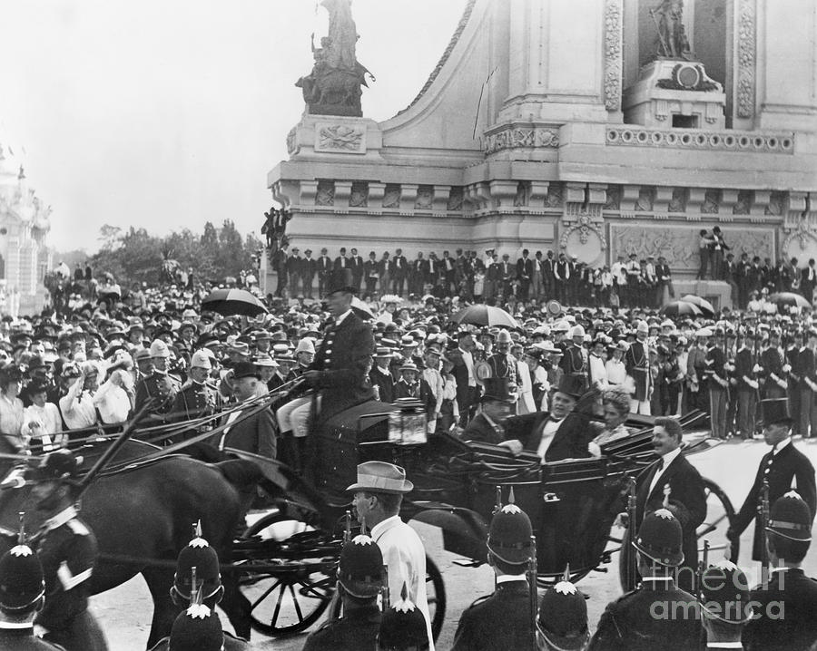 1901 Photograph - Pan-american Expo, 1901 by Granger