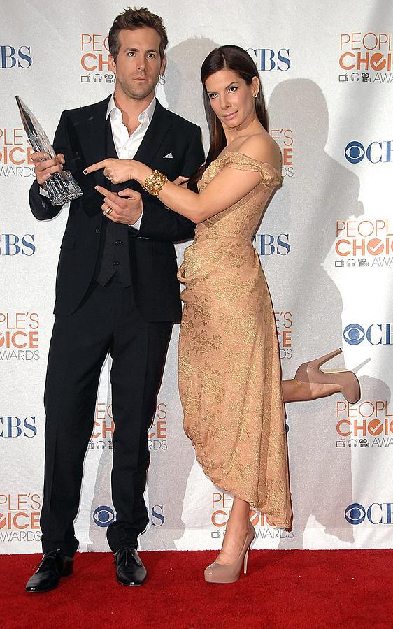 Sandra Bullock Photograph - Ryan Reynolds, Sandra Bullock by Everett
