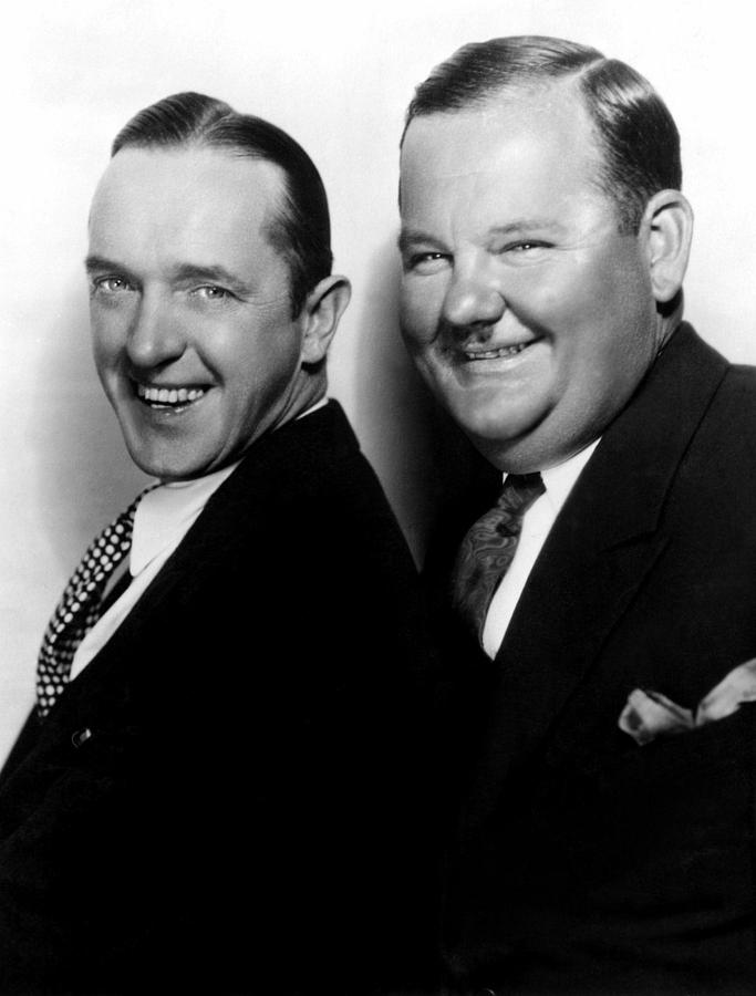 1920s Portraits Photograph - Stan Laurel, Oliver Hardy Laurel & Hardy by Everett