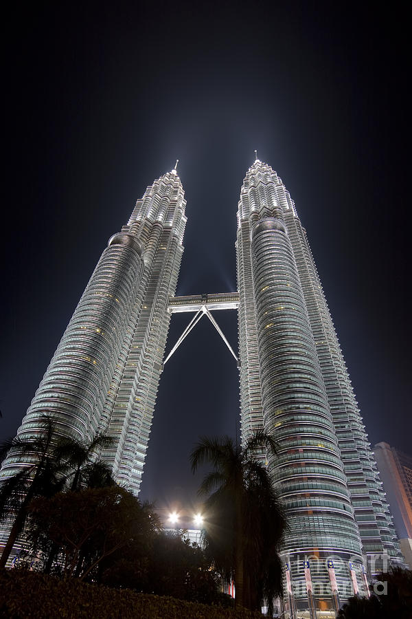 Towers Photograph - The Petronas Towers 2 by MotHaiBaPhoto Prints