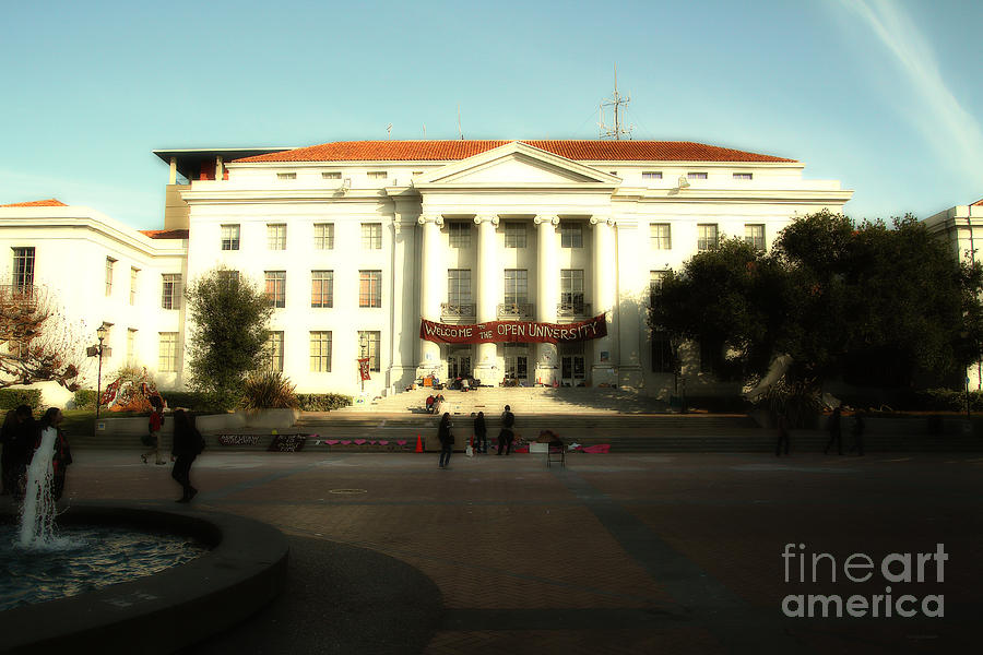 Dreamy Photograph - Uc Berkeley . Sproul Hall . Sproul Plaza . Occupy Uc Berkeley . 7d9994 by Wingsdomain Art and Photography