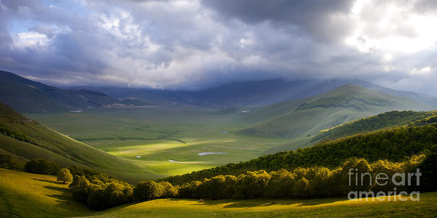 Piano Grande Photograph - Umbria by Brian Jannsen
