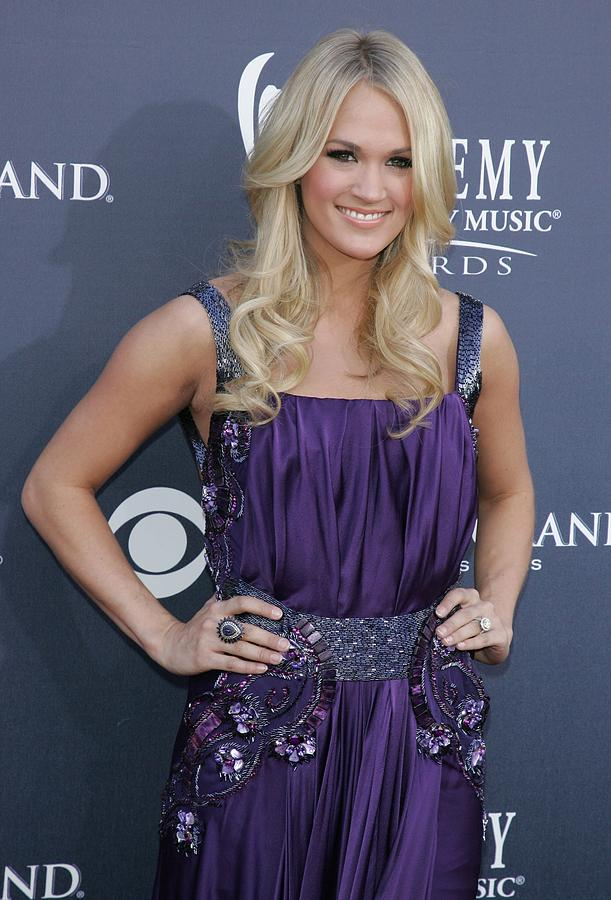 Carrie Underwood Photograph - Carrie Underwood At Arrivals by Everett