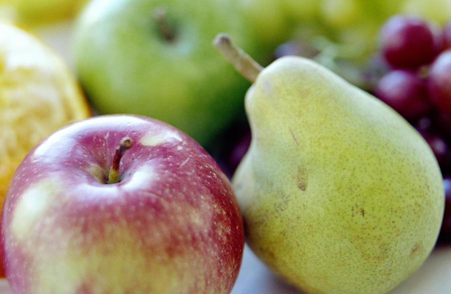 Food Photograph - Fruits by David Munns