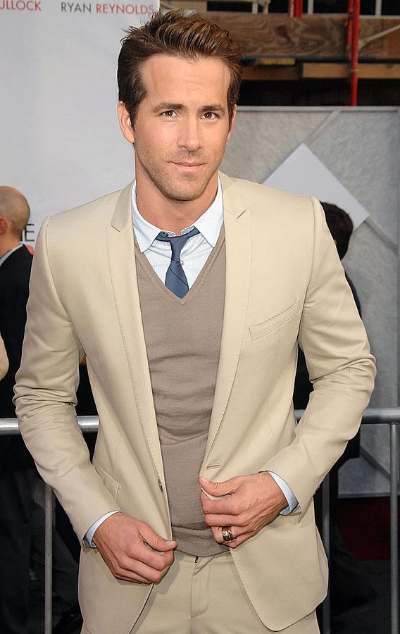 Ryan Reynolds Photograph - Ryan Reynolds At Arrivals For The by Everett