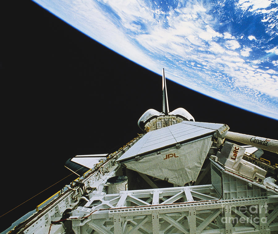 Space Travel Photograph - Space Shuttle Endeavour by Science Source