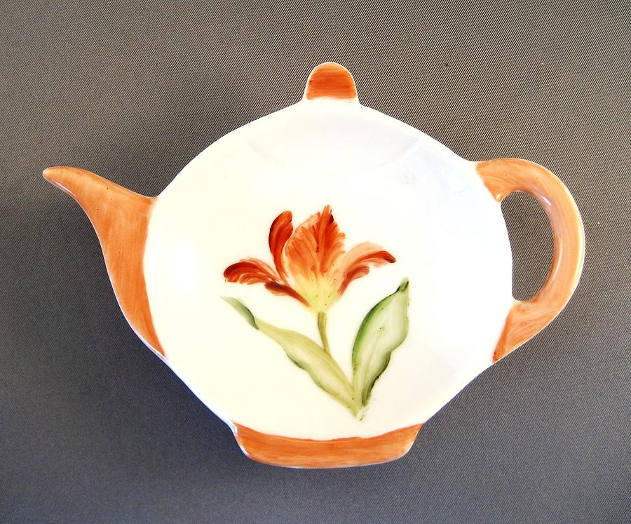Porcelain Ceramic Art - 365 Teabag Holder Red Tulip  by Wilma Manhardt