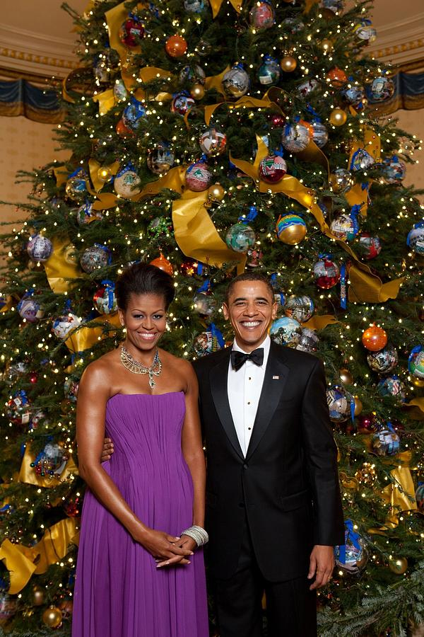 History Photograph - President And Michelle Obama Pose by Everett