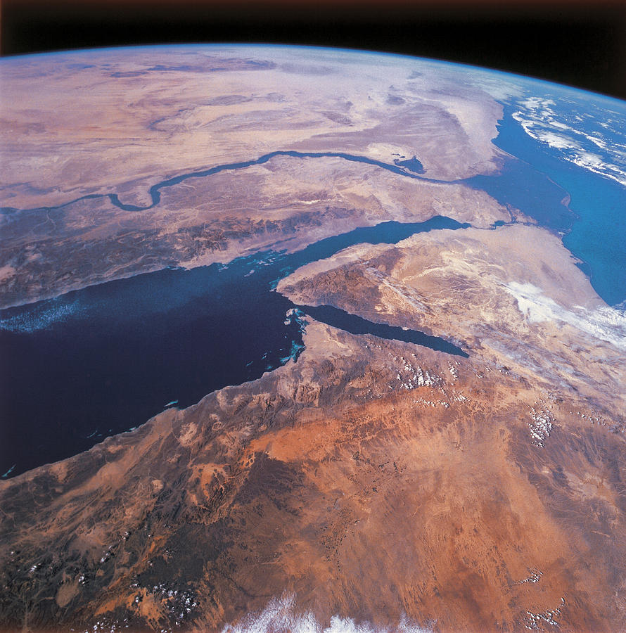 oceanography as viewed from outer space It is always surprising to see just how stunning earth can look when viewed from the outside i've collected 7 of the best – and most uncommon – pictures of planet earth as seen from outer space that you probably haven't seen before.