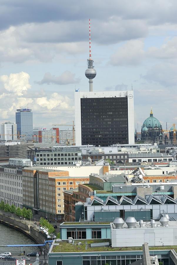 View Photograph - Berlin by Igor Sinitsyn