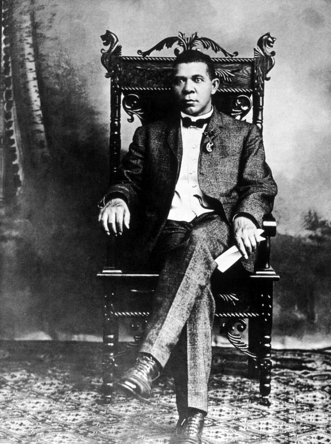 African American Photograph - Booker T. Washington 1856-1915 by Everett