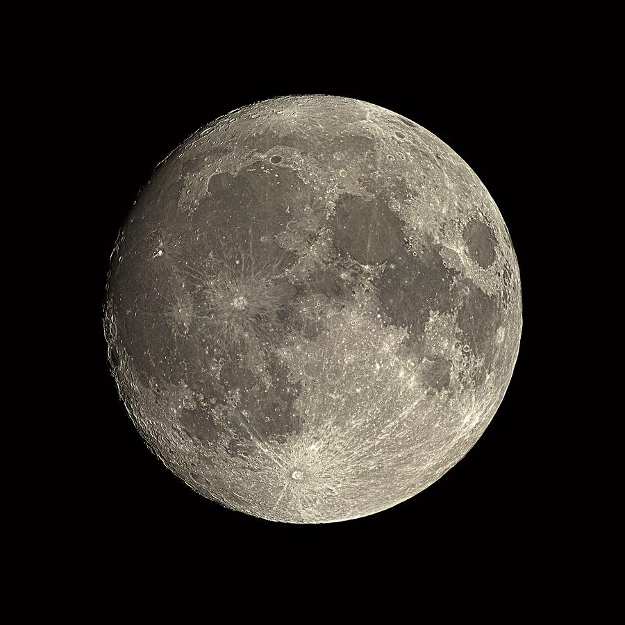 Moon Photograph - Waxing Gibbous Moon by Eckhard Slawik