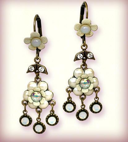 Jewelry Jewelry - Orly Zeelon Esperanza Pendent Earrings by Orly Zeelon
