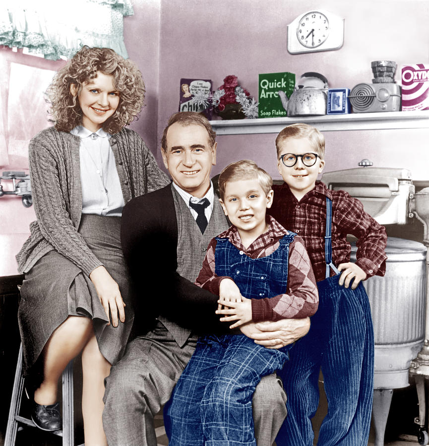 1980s Movies Photograph - A Christmas Story, From Left Melinda by Everett