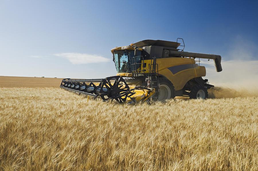 Резултат с изображение за wheat combine