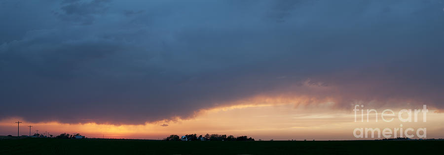 Prairie Sunset Photograph - A Gathering Storm by Art Whitton