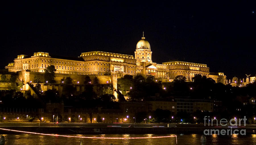 Royal Photograph - A Kings Palace by Syed Aqueel