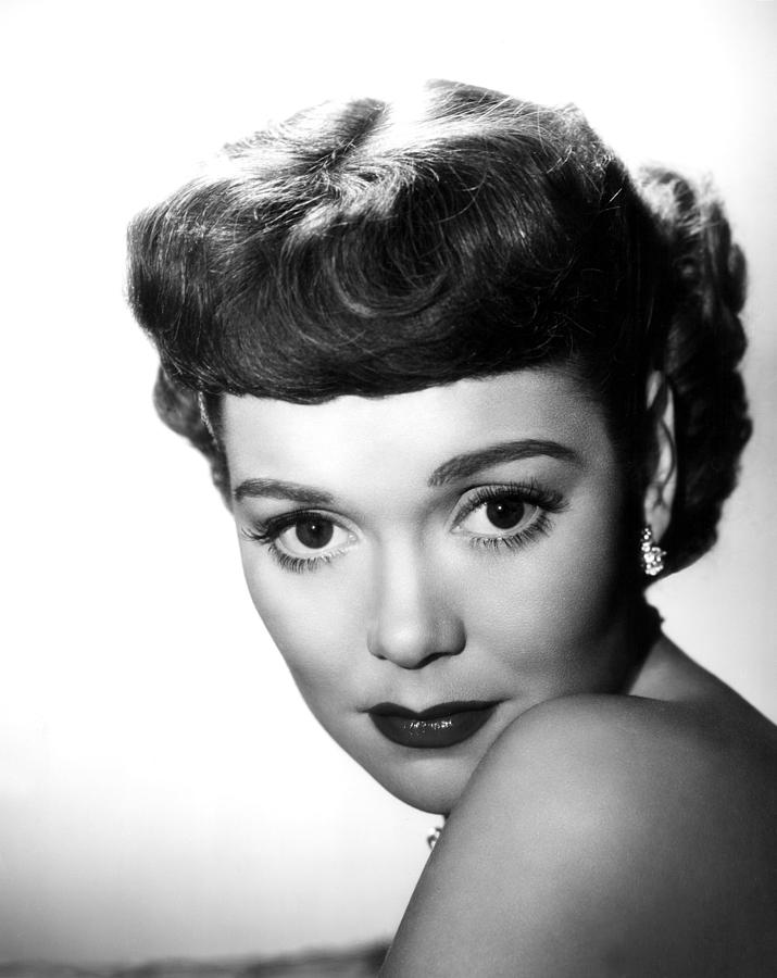 1940s Movies Photograph - A Kiss In The Dark, Jane Wyman, 1949 by Everett