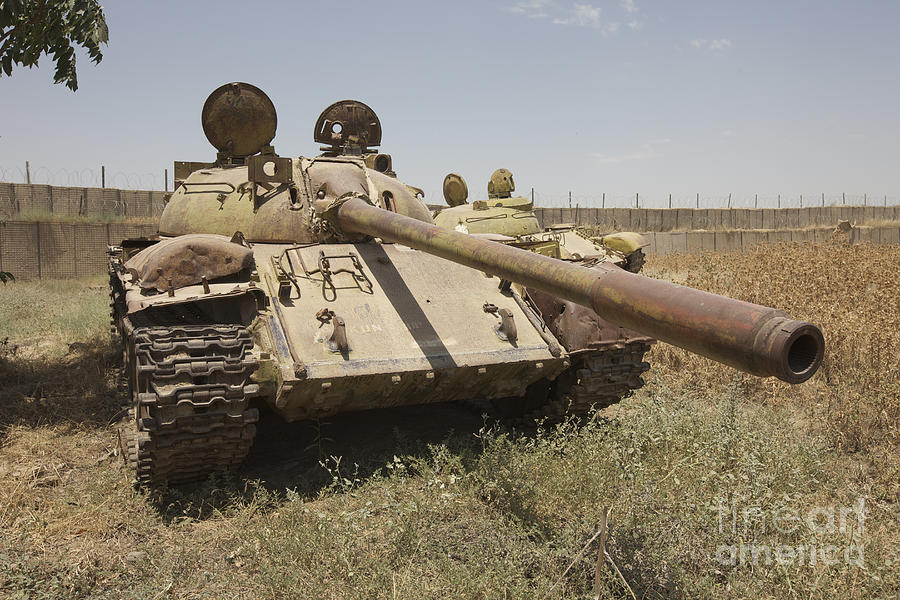Cannon Photograph - A Russian T-55 Main Battle Tank by Terry Moore