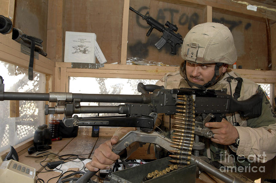 Iraq Photograph - A Soldier Conducts An Observation by Stocktrek Images