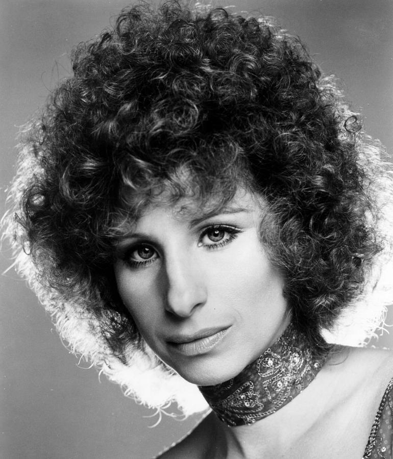 1970s Movies Photograph - A Star Is Born, Barbra Streisand, 1976 by Everett