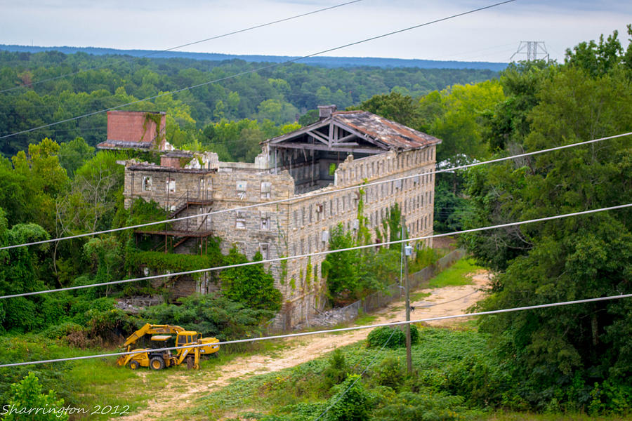 Abandoned Buildings Photograph - Abandoned Armory by Shannon Harrington
