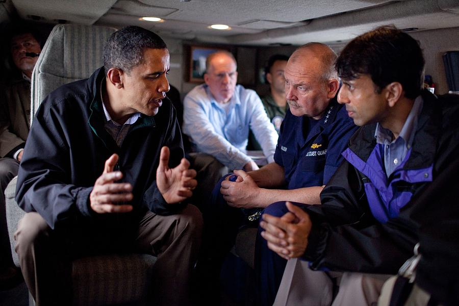 History Photograph - Aboard Marine One President Obama Meets by Everett