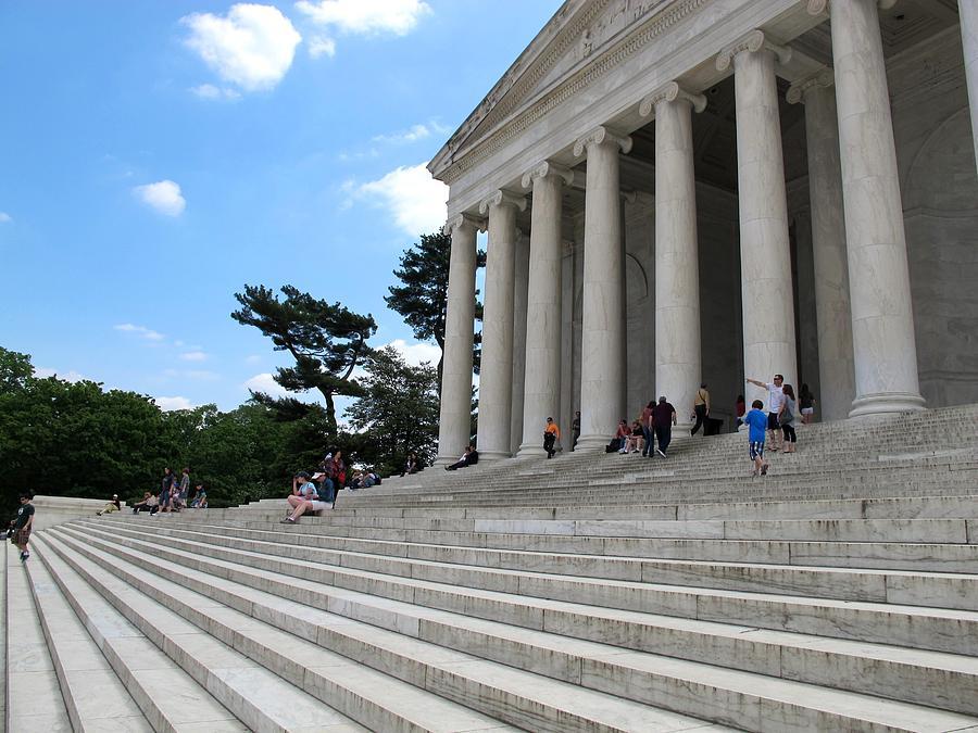 American Heroes Photograph - Abraham Lincoln Memorial by Valia Bradshaw