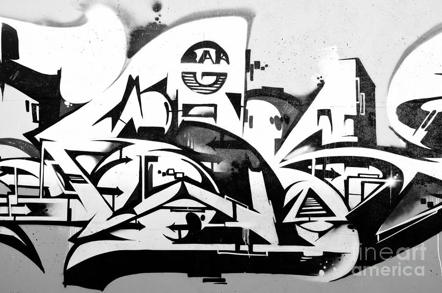 Abstract graffiti in black and white painting by yurix sardinelly