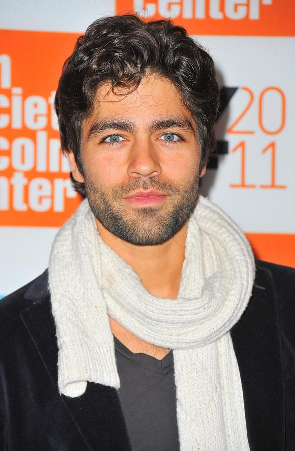 Adrian Grenier Photograph - Adrian Grenier At Arrivals For George by Everett