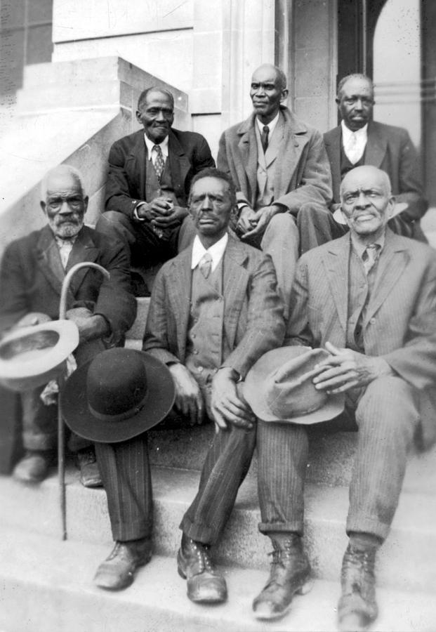 African American Ex Slaves Sitting Photograph By Everett
