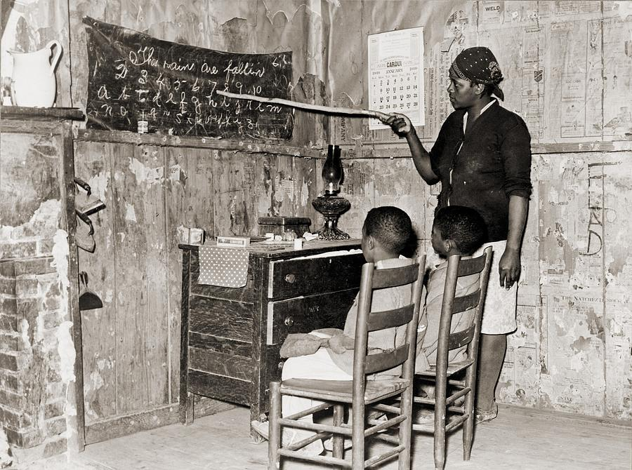 History Photograph - African American Mother Teaching by Everett