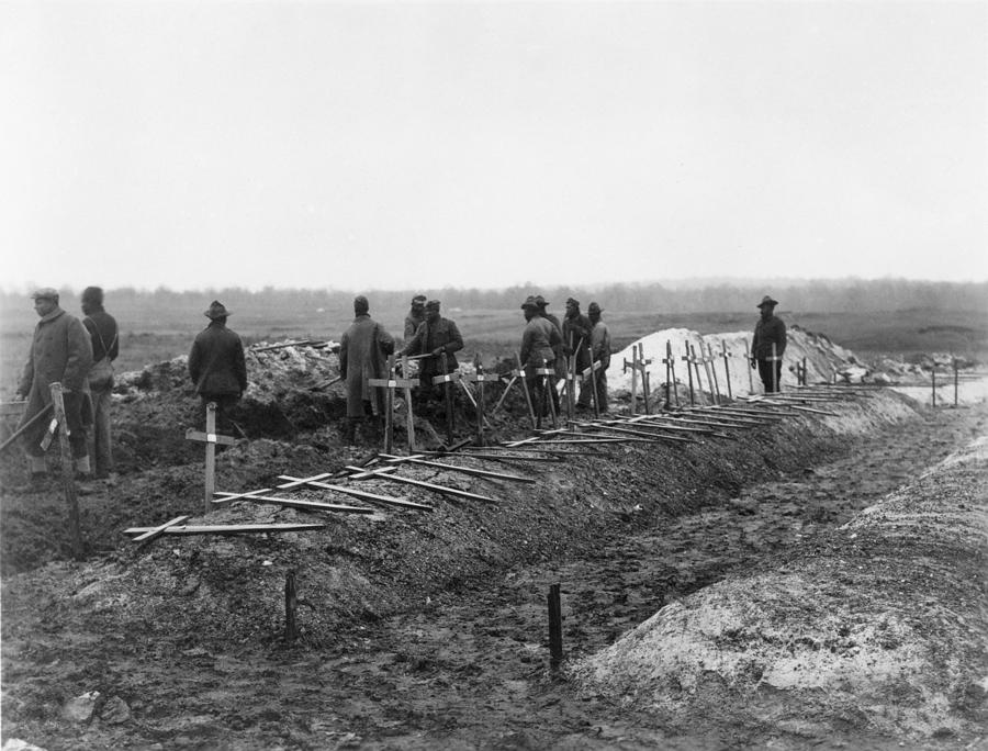 History Photograph - African-american Soldiers Of The 321st by Everett