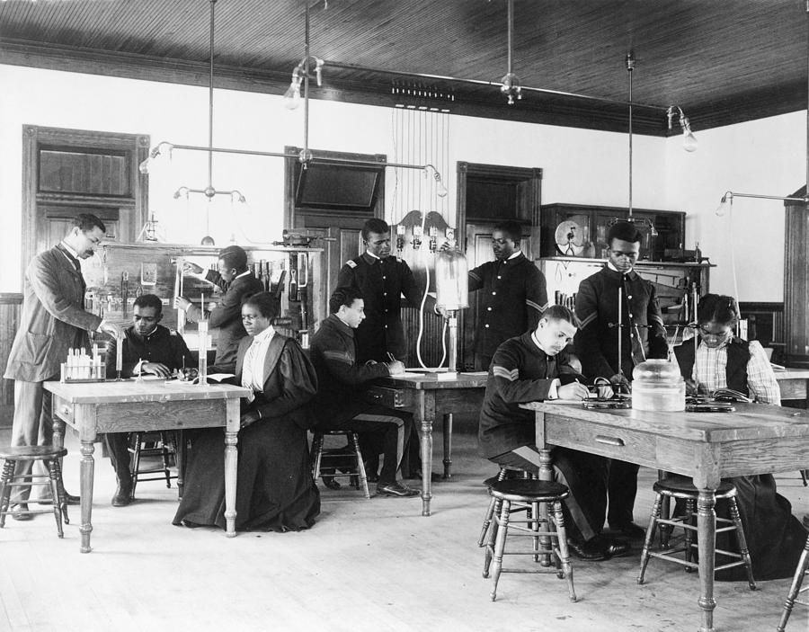 History Photograph - African American Students In A Class by Everett