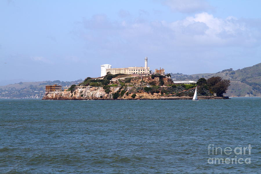 San Francisco Photograph - Alcatraz Island In San Francisco California . South Side . 7d14288 by Wingsdomain Art and Photography