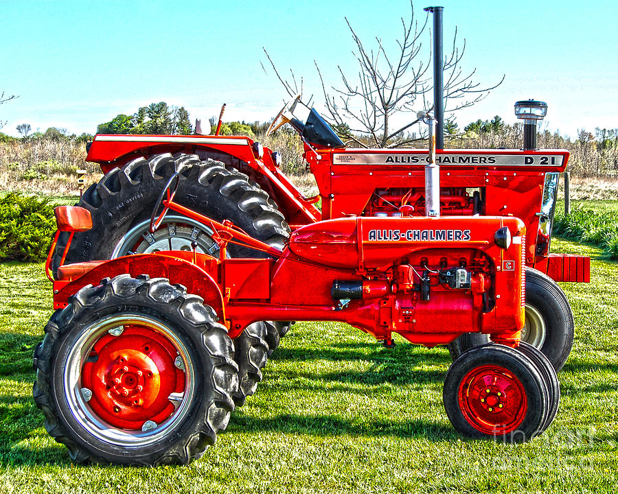 Diane Berry Photograph - Allis-Chalmers Tractors by Diane E Berry