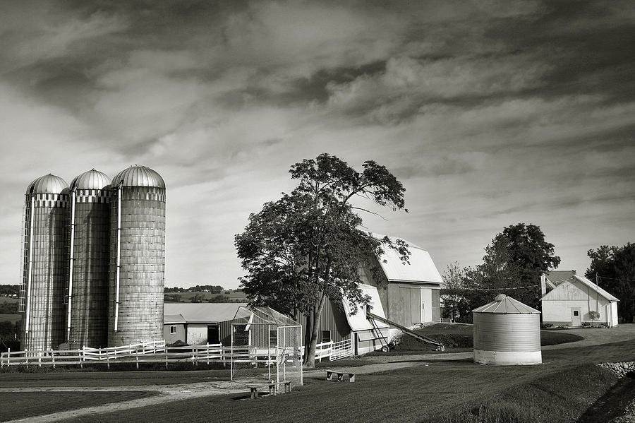 Farm Photograph - Amish Farmstead II by Steven Ainsworth